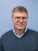 Dr. Vadim Malkov